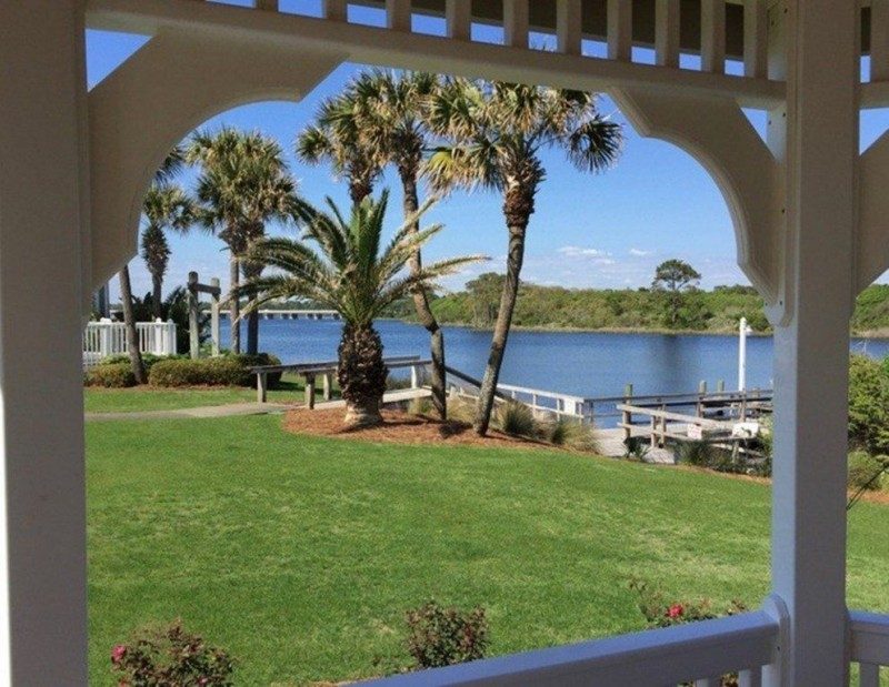Pinnacle Port vacation condo rentals